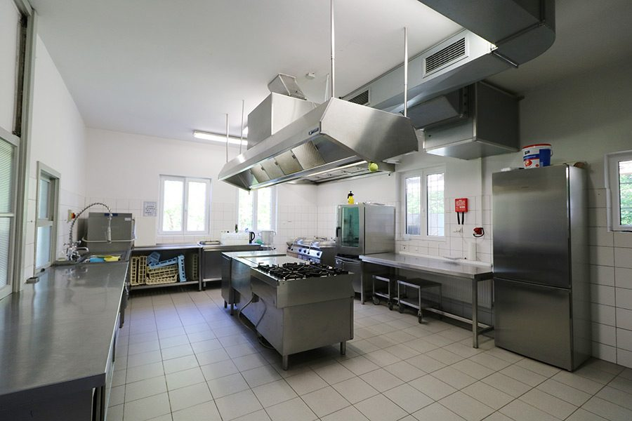 img 0988 kueche gross waldheim lindental 70499 stuttgart weilimdorf. Black Bedroom Furniture Sets. Home Design Ideas